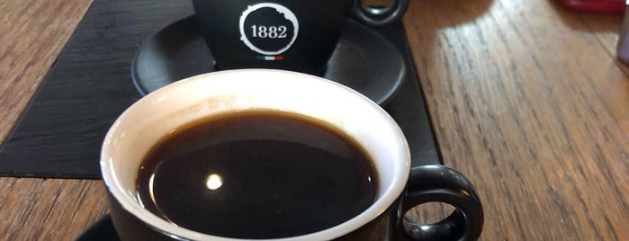 Caffe Vergnano 1882 is one of Suzette'nin Beğendiği Mekanlar.