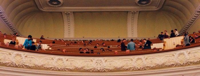 Большой зал Консерватории им. П. И. Чайковского is one of Roman 님이 좋아한 장소.
