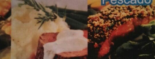80 & 80 Restaurante is one of Locais curtidos por Armando.
