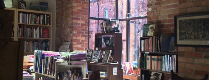 Wentworth & Leggett Books & Prints is one of Teresa 님이 저장한 장소.