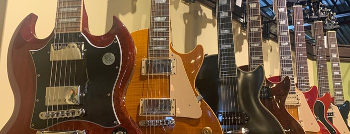 Carter Vintage Guitars is one of Nashville.