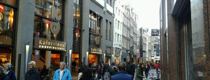 Kalverstraat is one of Back to Netherlands ♥.