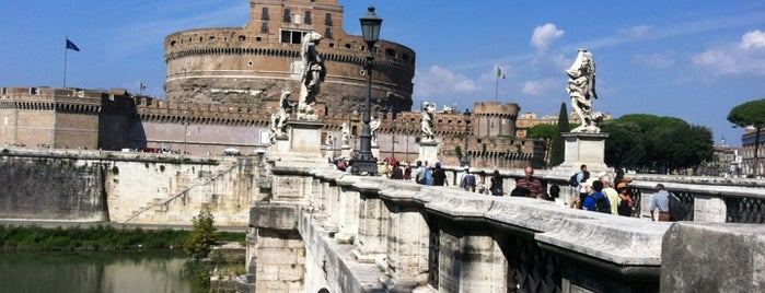 Ponte Sant'Angelo is one of My Rome ToDo List.