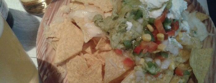 Ménage à trois is one of Amor a los nachos.
