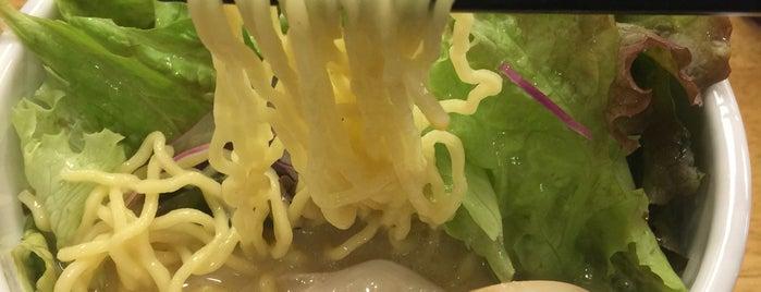 鶏白湯ラーメン 夏樹 笹塚店 is one of ジャックさんのお気に入りスポット.