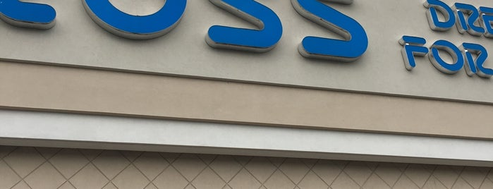 Ross Dress for Less is one of Lugares favoritos de Latonia.