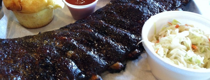 Bombers BBQ is one of Lugares favoritos de Jeff.