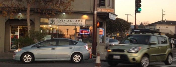 Animal Farm is one of Locais curtidos por Michele.