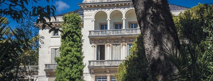Palacete Enrique Mendonça is one of Prémios Valmor de Arquitetura.
