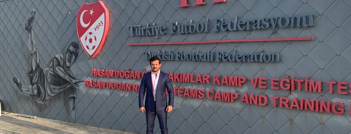 Türkiye Futbol Federasyonu is one of Lieux qui ont plu à Hakan.