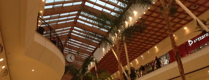 Il Leone Shopping Center is one of Lago di Garda.