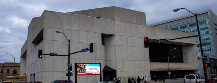 Des Moines Performing Arts Civic Center is one of Evan[Bu] Des Moines Hot Spots!.