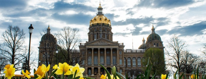 Iowa State Capitol is one of West Coast Sites.
