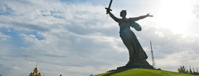 The Motherland Calls is one of Posti che sono piaciuti a Анна.