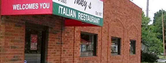 Inky's is one of Lugares favoritos de John.