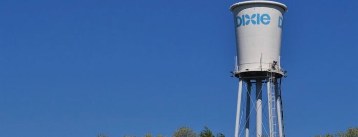 Dixie Cup Water Tower is one of Quirky Landmarks USA.