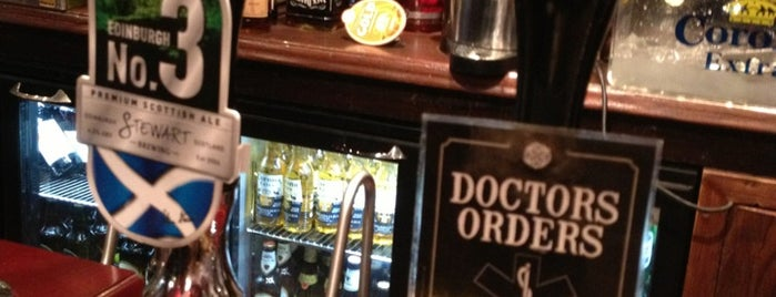 Doctors Bar is one of Posti che sono piaciuti a Carl.