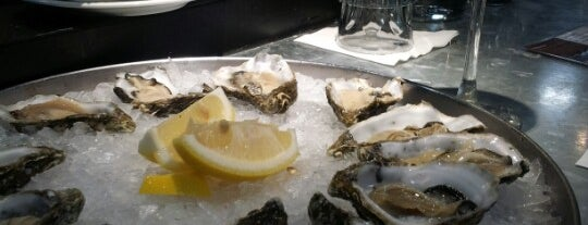 Shucked Oyster & Seafood Bar is one of KL Casual Dining.