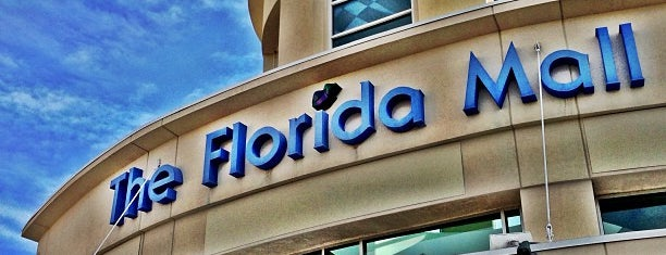 The Florida Mall is one of Locais curtidos por Fernando.