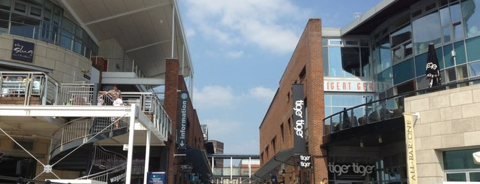 Gunwharf Quays is one of Lugares favoritos de S.
