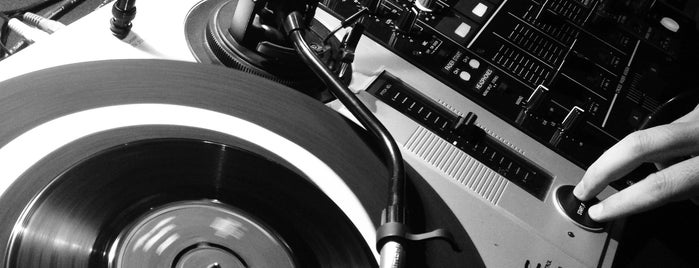 Naub1 is one of Clubs, Vinyl & Live Music.