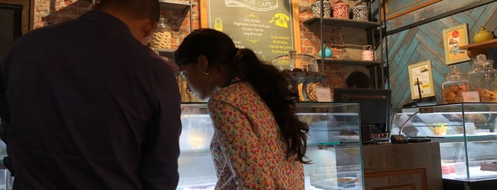 Karachi Cafe is one of Srinivas : понравившиеся места.