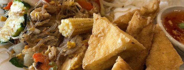 The Elephant Thai Cuisine is one of Unofficial LTHForum Great Neighborhood Restaurants.
