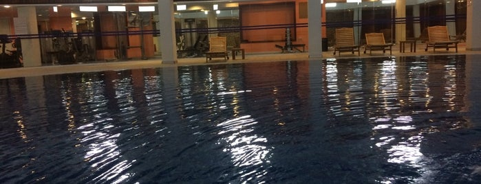 Adapark swimming pool is one of gidilen yerlerim.