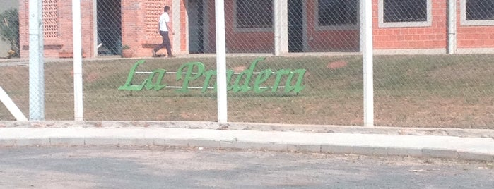 La Pradera is one of Empresas.
