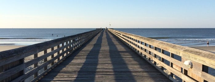 The Isle of Palms Pier is one of Gespeicherte Orte von Joshua.
