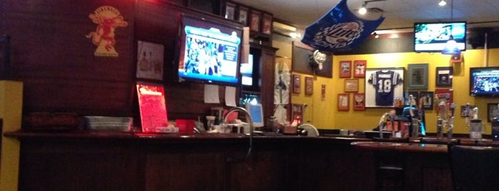 Fanatics Sports Bar is one of Orte, die Lauren gefallen.