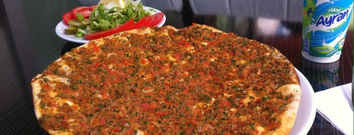Gaziantep Lahmacun&Pide Döner Salonu is one of สถานที่ที่ Mustafa ถูกใจ.