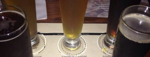 Uncle Buck's Brewery & Steakhouse is one of DFW Craft Beer.