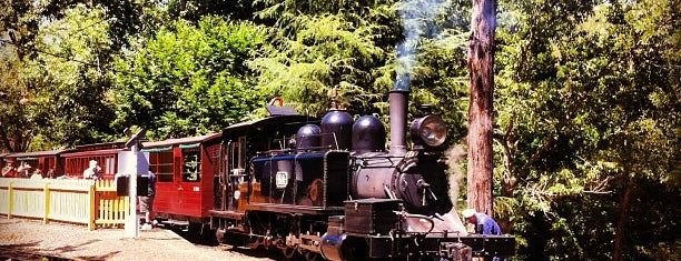 Lakeside Station - Puffing Billy Railway is one of Orte, die El Greco Jakob gefallen.