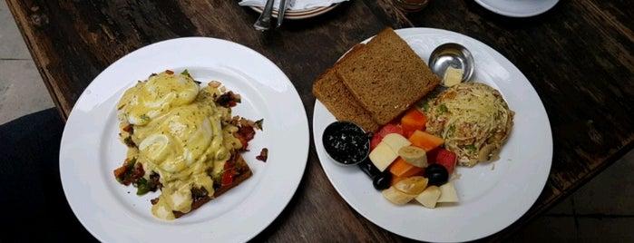 Gaia Restaurant is one of สถานที่ที่ Satyajith ถูกใจ.