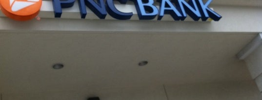 PNC Bank is one of Ebonee 님이 좋아한 장소.
