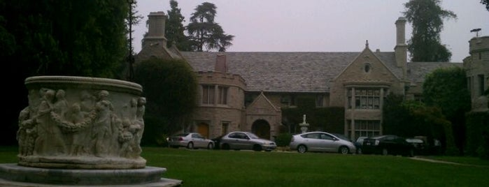 Playboy Mansion is one of Movie Star Homes Loop.