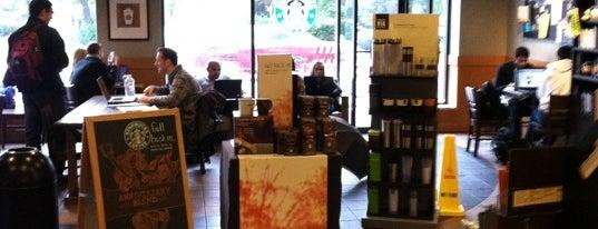 Starbucks is one of Adam 님이 좋아한 장소.