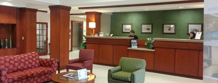 Fairfield Inn & Suites by Marriott Marshall is one of Kellyさんのお気に入りスポット.