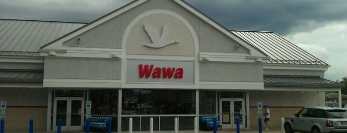 Wawa is one of สถานที่ที่ Whitni ถูกใจ.