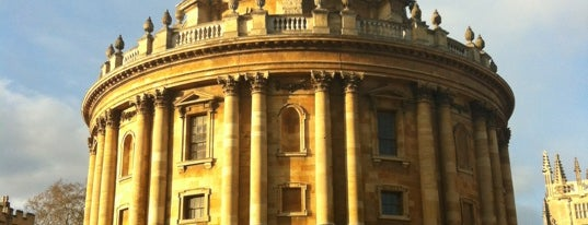 Radcliffe Camera is one of Favorite places in the UK.