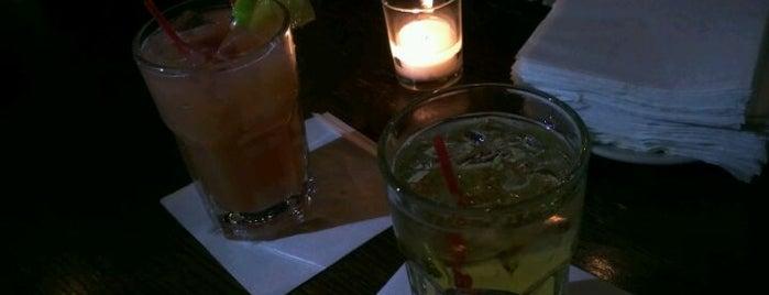 Croton Reservoir Tavern is one of Manhattan Bars-To-Do List.