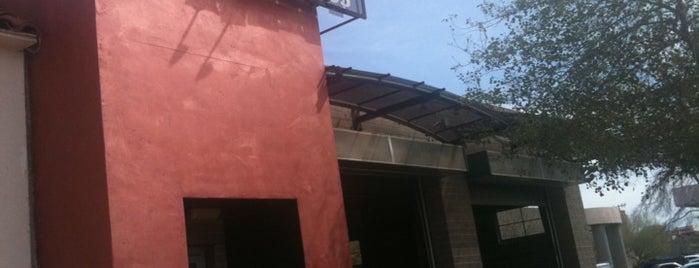 Bomberos Café & Wine Bar is one of Jana: сохраненные места.