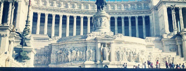 Altare della Patria is one of Aliさんの保存済みスポット.