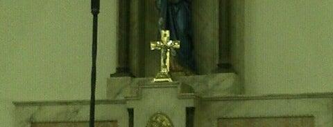 Paróquia Nossa Senhora da Candelária is one of Lugares favoritos de Valeria.