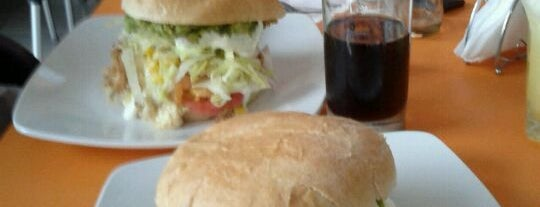 Divina Gula is one of Ruta de cafés, sandwich, almuerzos.