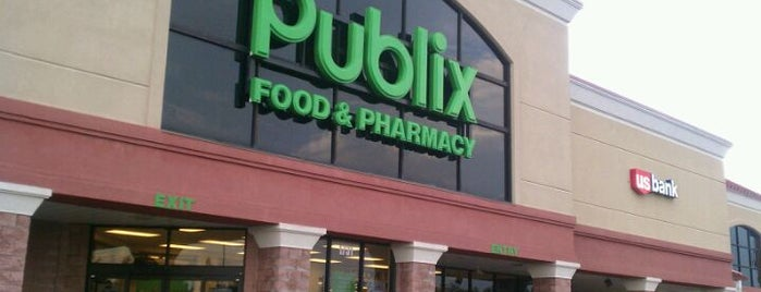 Publix is one of Lugares favoritos de Lauren.