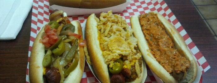 Fab Hot Dogs is one of Good Eats in Los Angeles.