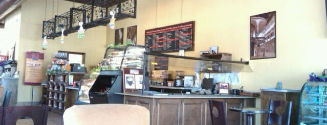 Perk's Coffee Shop & Cafe is one of Biloxi.