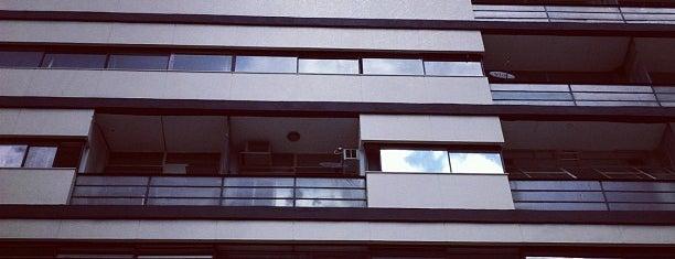 Edifício Esther is one of Locais salvos de Olivia.